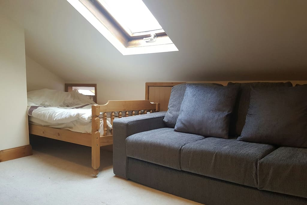 Single bed and double sofa bed.