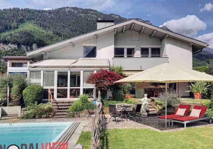 Alpenstadt Lodge - Family and Friends