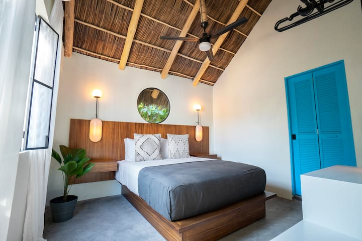Casa Pia. Tropical Room