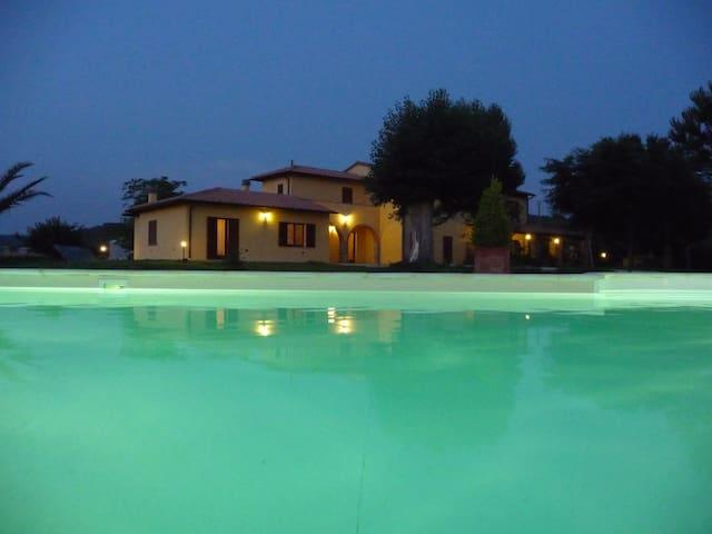 Appartamento nella campagna della Maremma Toscana - Massa Marittima - Wohnung