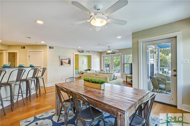 TYBEE TIME steps from Beach/Food/Shops! On Butler!