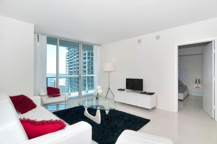 Waterfront Luxury 1 Bedroom W Hotel Brickell - Miami - Kondominium