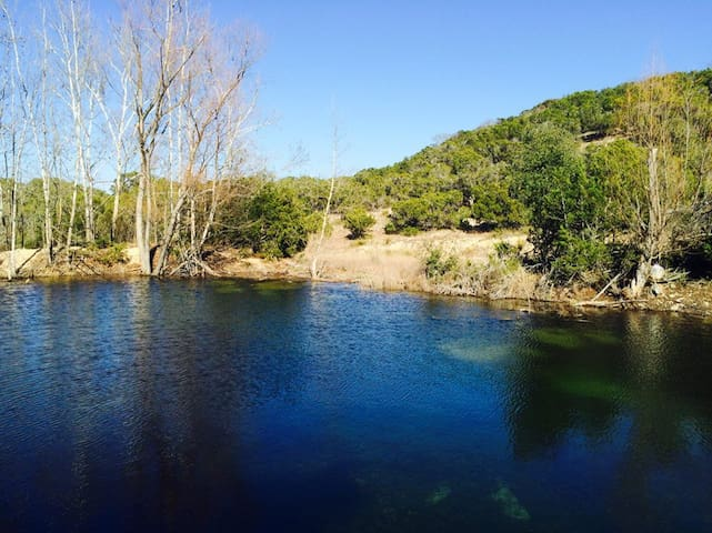 Hill Country Heaven - Dripping Springs - Ev