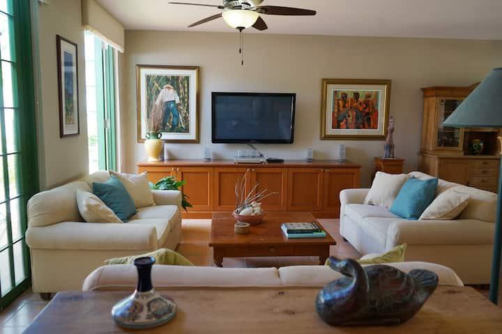 Relaxing Dorado Reef Villa | Private Beach Access