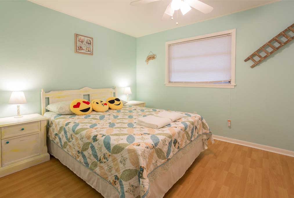 The Cute Yellow room with a queen bed that comfortably fits two has a new mattress (Apr 2016) Each room has also: a closet, a dresser and two nightstands to offer you plenty of storage space