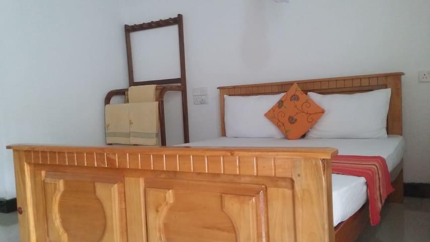 Rich Resort & Restuarant - Double Room