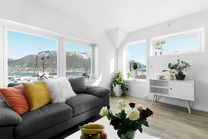 Tromsø center- 2-bedroom apartment over two floors