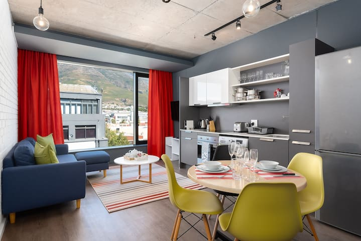 WEX1 519 - Stylish Studio with Mountain Views