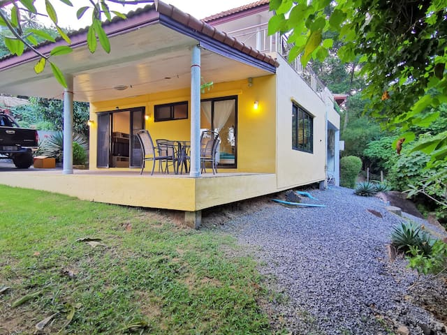 One Bedroom House with Garden and Parking
