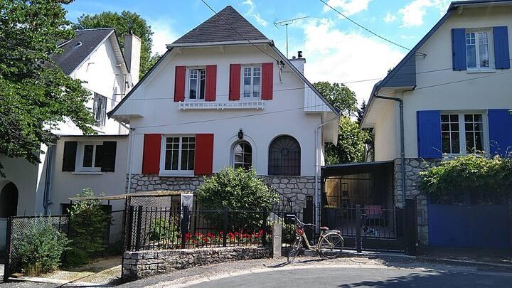 Maison 6/7 personnes – Montargis proche canal.