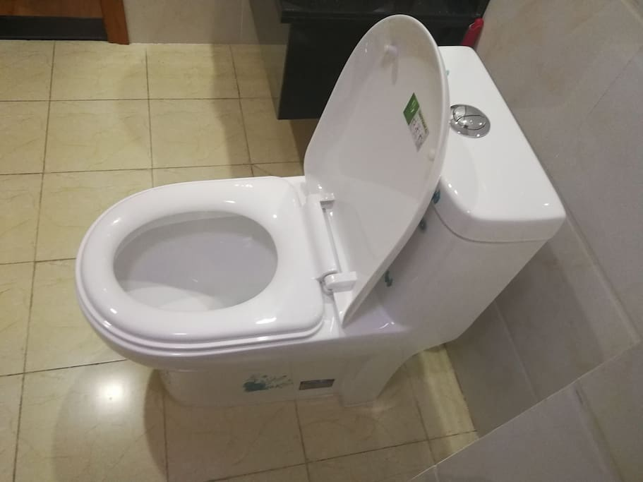 卫生间马桶一客一消毒