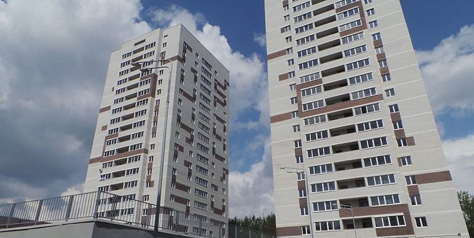 Апартаменты на геологоразведчиков 44А - Tyumen'