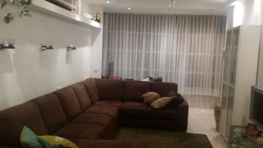 Apt. for family (max. 4 persons) - Bat Yam