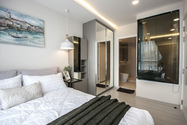 407 Comfort 1BR near BTS Thonglor, Pool, Gy