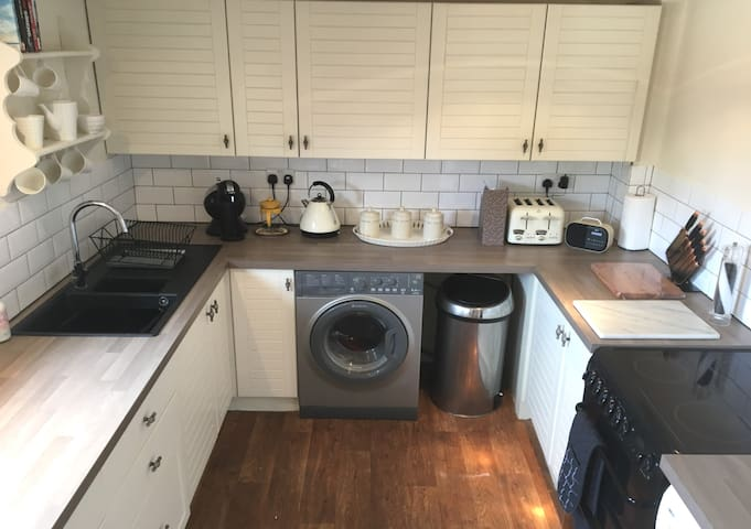 A great fully equipped kitchen for both short and long stays...