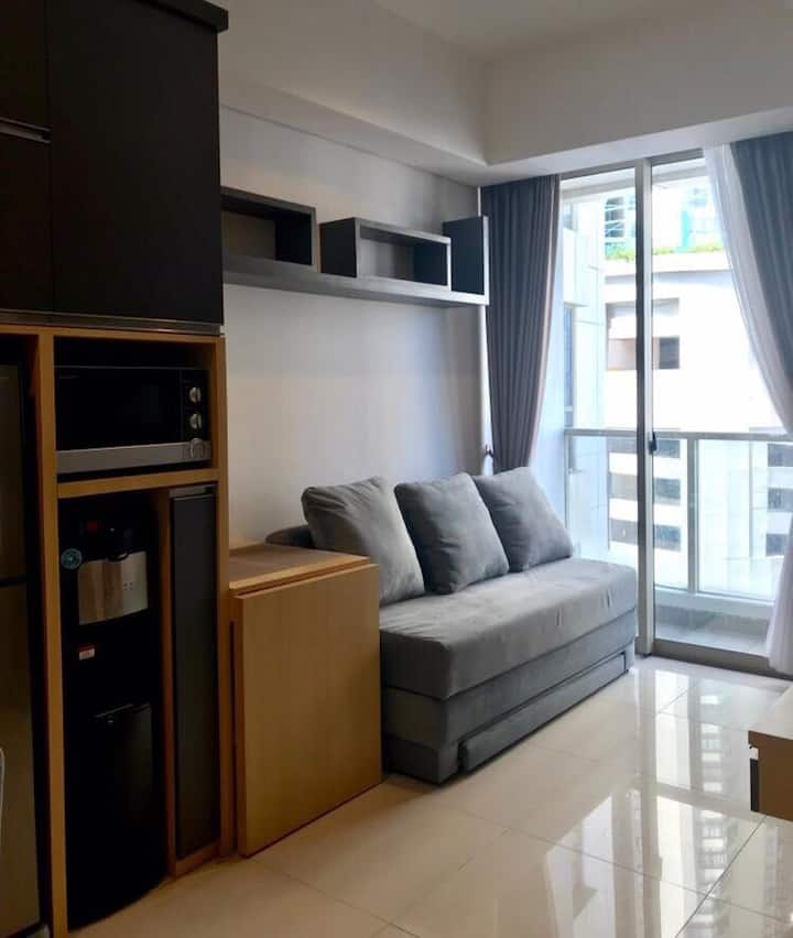 NEW 1BR,  2min walk Taman Anggrek & Central Park
