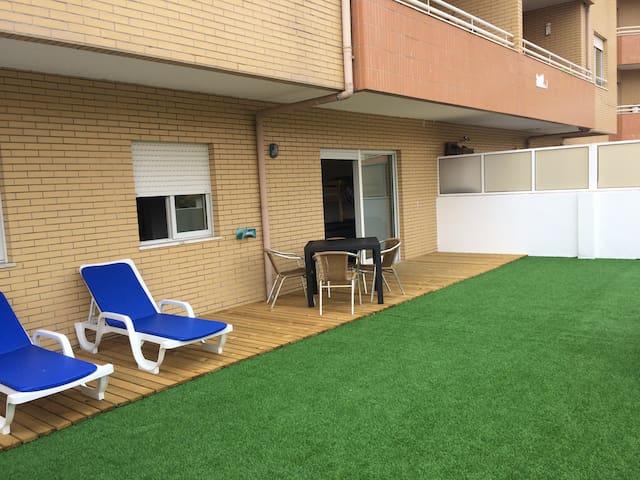 Arcozelo com terraço privado: praia e bem-estar