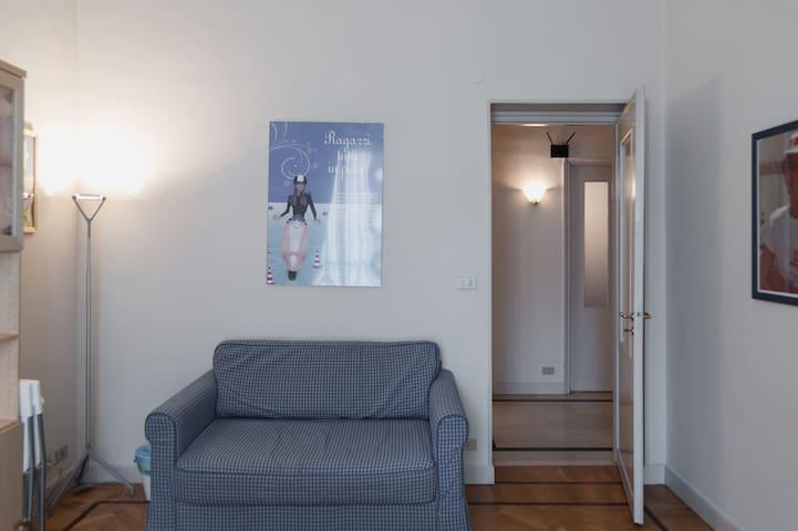 Divano letto cm 140 x 200 nella cucina/living