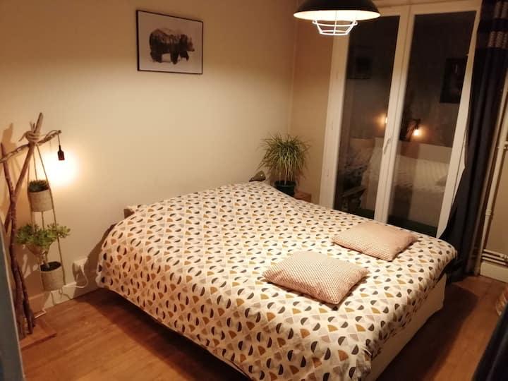 Chambre indépendante dans un appartement à Annecy