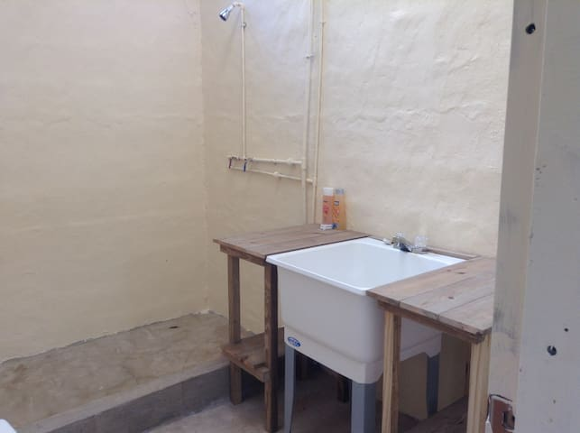 Moonracer Farm:  Cohune Camping Casita Room 5 - San Ignacio - Casa de campo