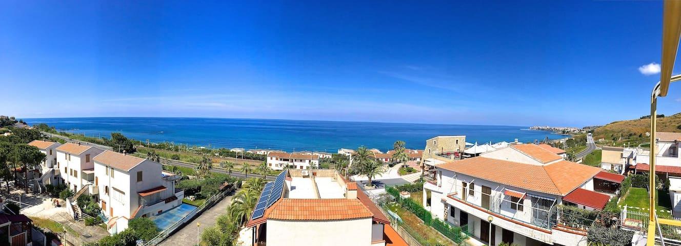 Appartamento splendida vista mare a 180° - Belvedere marittimo - Apartment