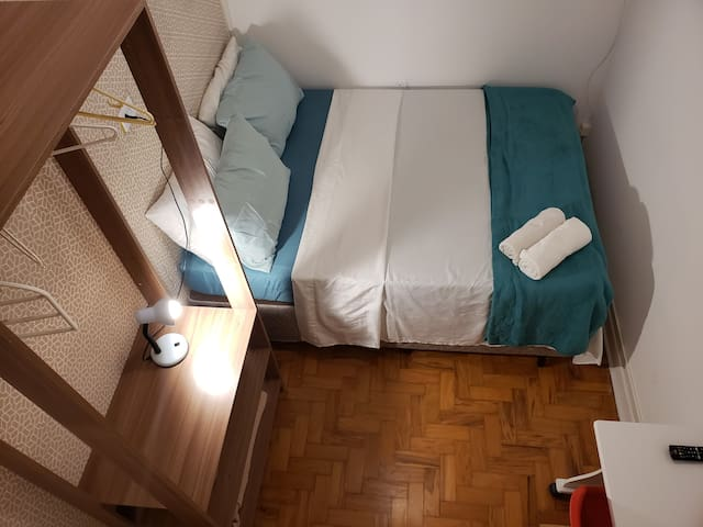 2-Comfortable double room px. to Paulista Avenue.