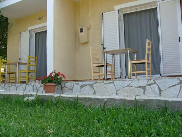 Βίλα ΕΛΙΧΡΗ - Kateleios - Apartment