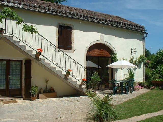 Les Nauzes, Lot, France - Goujounac - Lejlighed