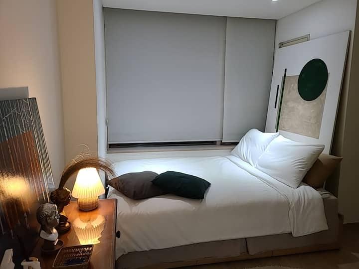 [NEW]공덕역 앞 올수리 숙소#Clean Room#1min Gongdeok stn.