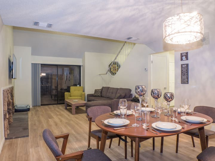 Cozy luxury in midtown/downtown, newly renovated