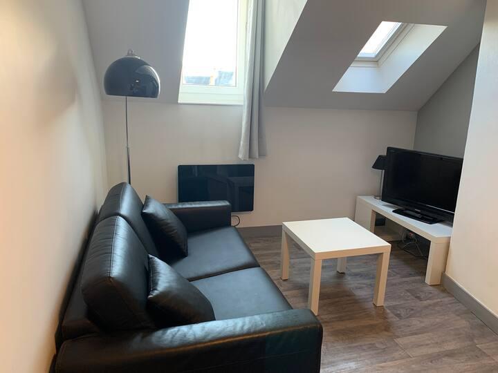 Studio meublé au calme Orléans centre proche gare