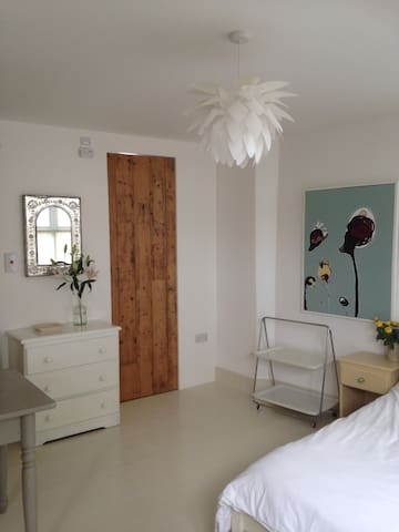 Westwinds Self Catering Studio Apartment - Hayle - Apartment