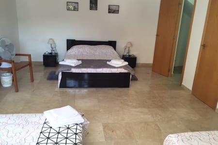 Gran dormitorio par 5/6 personas en la Canyada - Paterna/La Canyada