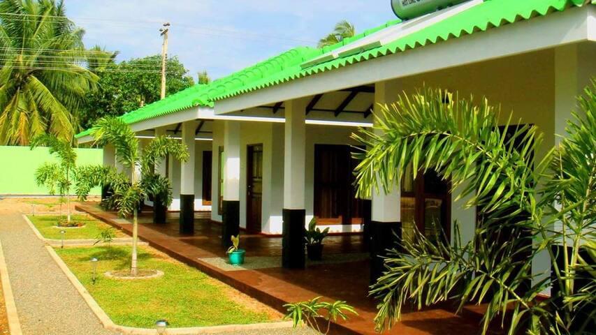 Kalpitiya Lagoon Resort- Cabana 03