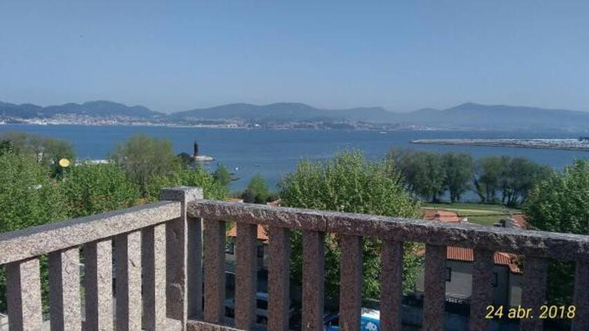 Alquilo habitación con vistas al mar y terraza