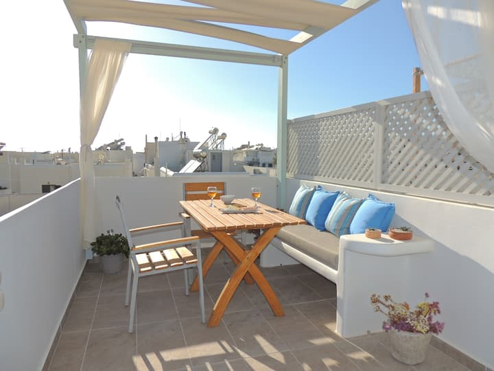 Central Cosy apartment + spacious terrace~Melianna