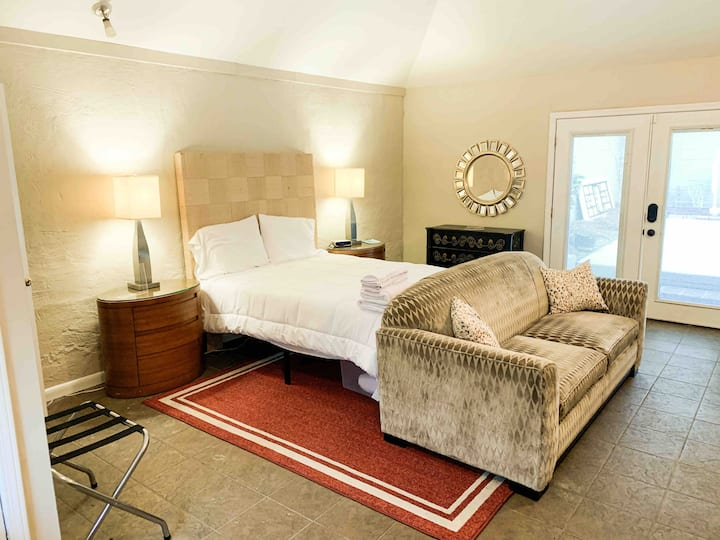 Efficiency close to Downtown Macon