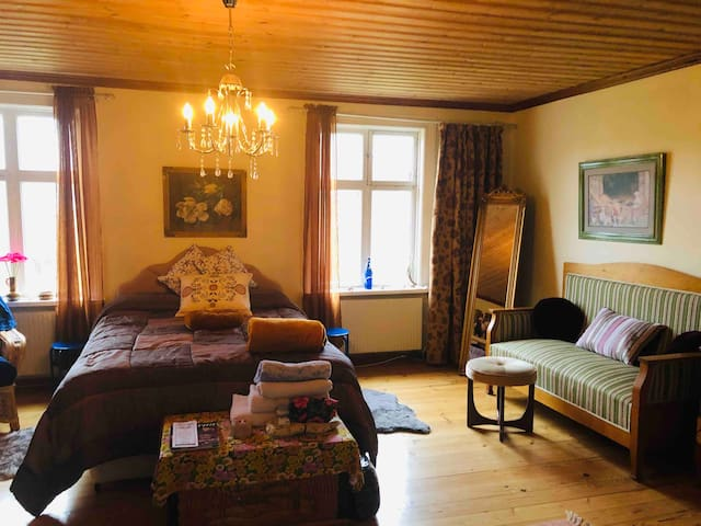 Double Room. Including breakfasts.Open for booking