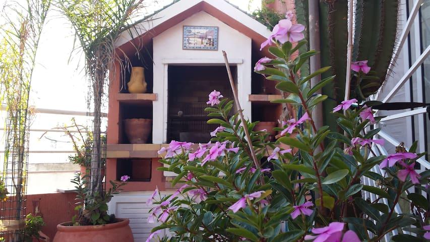 130 m² Heart Rabat  Quiet, Sunny & Secured wifi ..