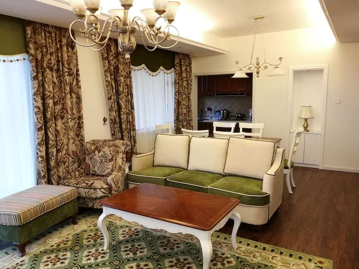 红山国际2室1厅精装修温馨度假屋
