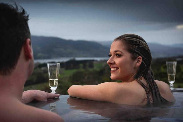 Villa Talia Tasmania - Enjoy a slice of heaven