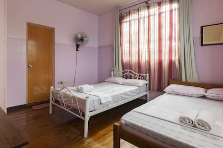 AGULUZ HOMESTAY  FAMILY DELUXE ROOM