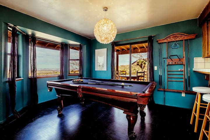 Desert Modernism 360Views *on 5 Acres * Pool Table