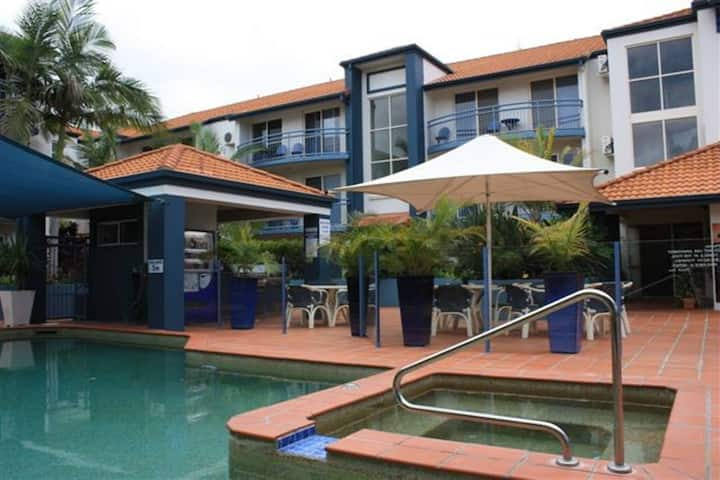 Surfers Paradise - 1 Bedroom Fully Furnished Apt#1
