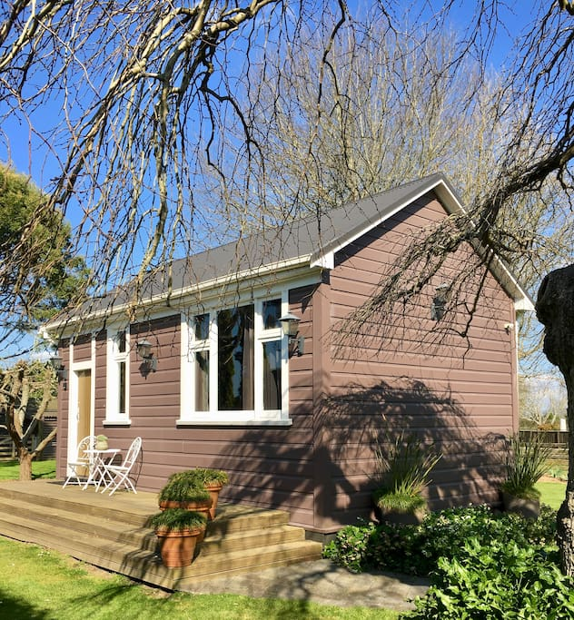 Cute studio cottage