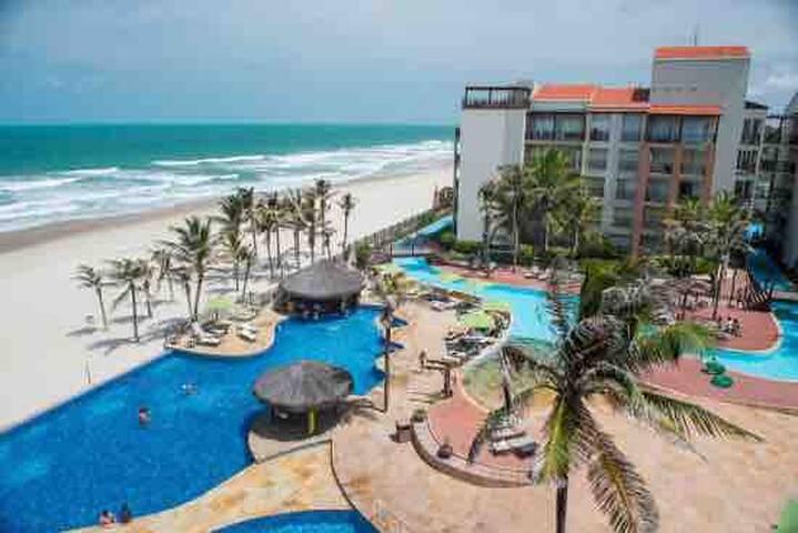 Apto de luxo Acqua Resort Beach Park na praia!!