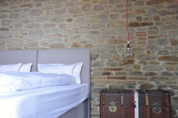 B&B CORTE · Landgut Corte Campioli - Barchi - Bed & Breakfast