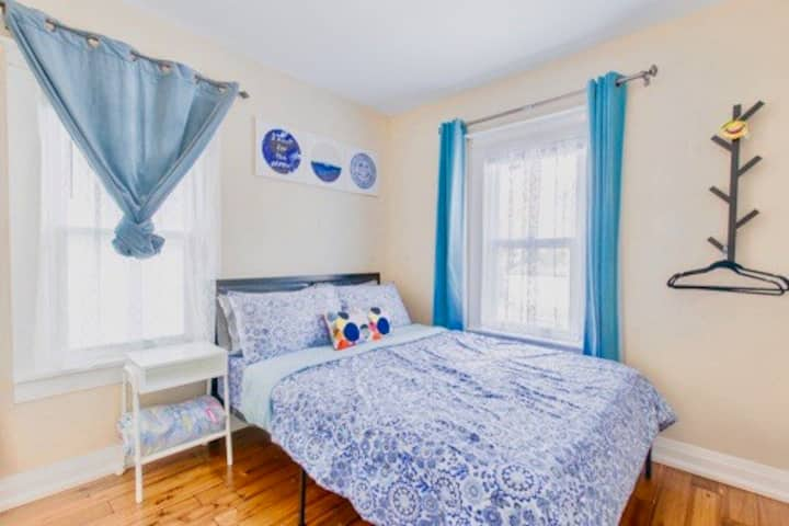 *Cozy-Ensuite* 5mins Walk to NiagaraFalls,ON R3