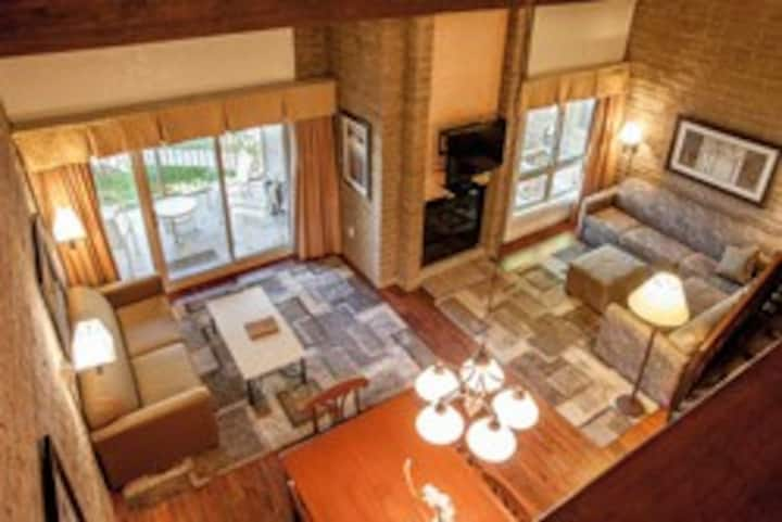 Sandstone Creek Club 1BR+Loft/3Bath