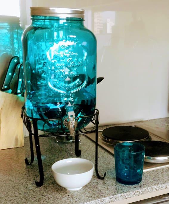 Dispensador de Agua/Water dispenser
